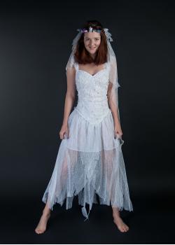 Невеста из мультфильма 'Труп невесты
